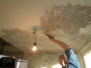 Снятие обоев с потолка (2-3 слоя)